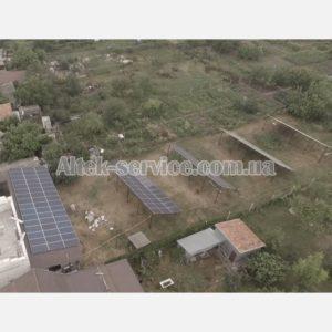 Солнечная станция 50 кВт. Ракурс сверху, с верхнего левого угла.