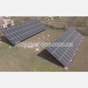 Солнечная станция 36.8 кВт. Наземная конструкция. Ракурс 1, с левой стороны.